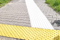Inštalácia vodiacej línie pri ÚNSS