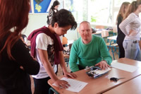 Na osvetovom workshope sme vysvetľovali princíp Braillovho písma