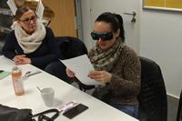 Čítanie bločku so simulačnými okuliarmi